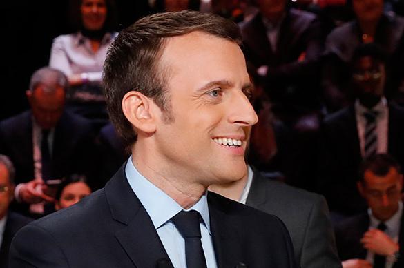 """""""C'est parce qu'ils promettent des changements"""": Macron et Le Pen au 2nd tour"""