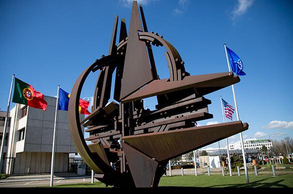 L'OTAN continuera à harceler la Russie.