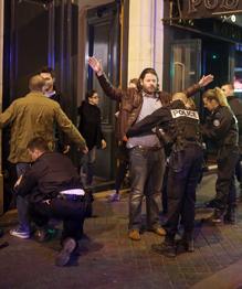 Paris après l attentat des Champs-Elysées